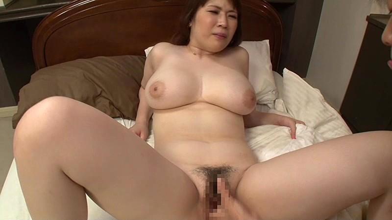 膣内射精できるい・い・な・り巨乳義母