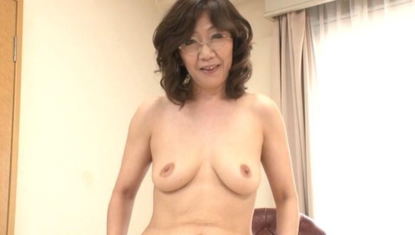 【無修正】極太生挿入のスレンダーボディのお姉さん!