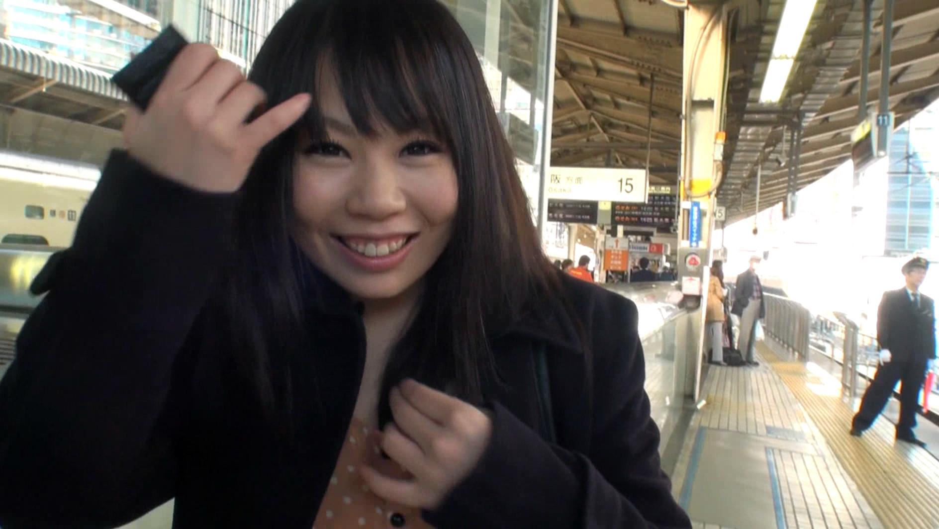– 淫らすぎる!巨乳ジュ アアイドル撮影現場 アダルトビデオ 2