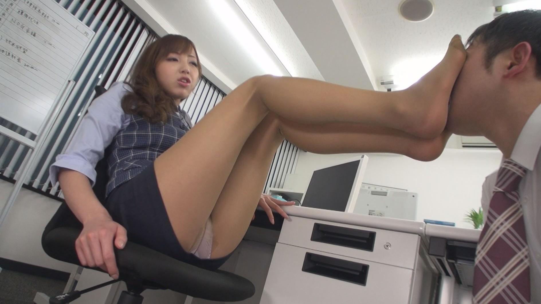 Sexy Lady Yukari Toudou Loves Posing