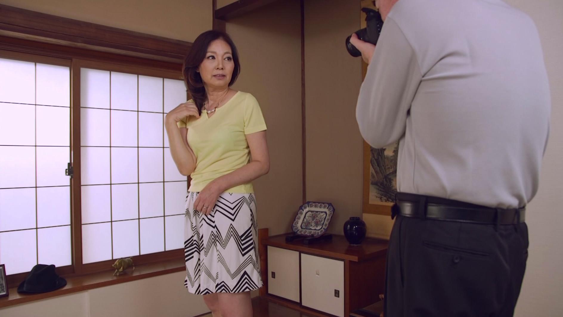 - エロ動画 アダルト動画 Tバック美少女4人がくすぐり攻めに挑戦1