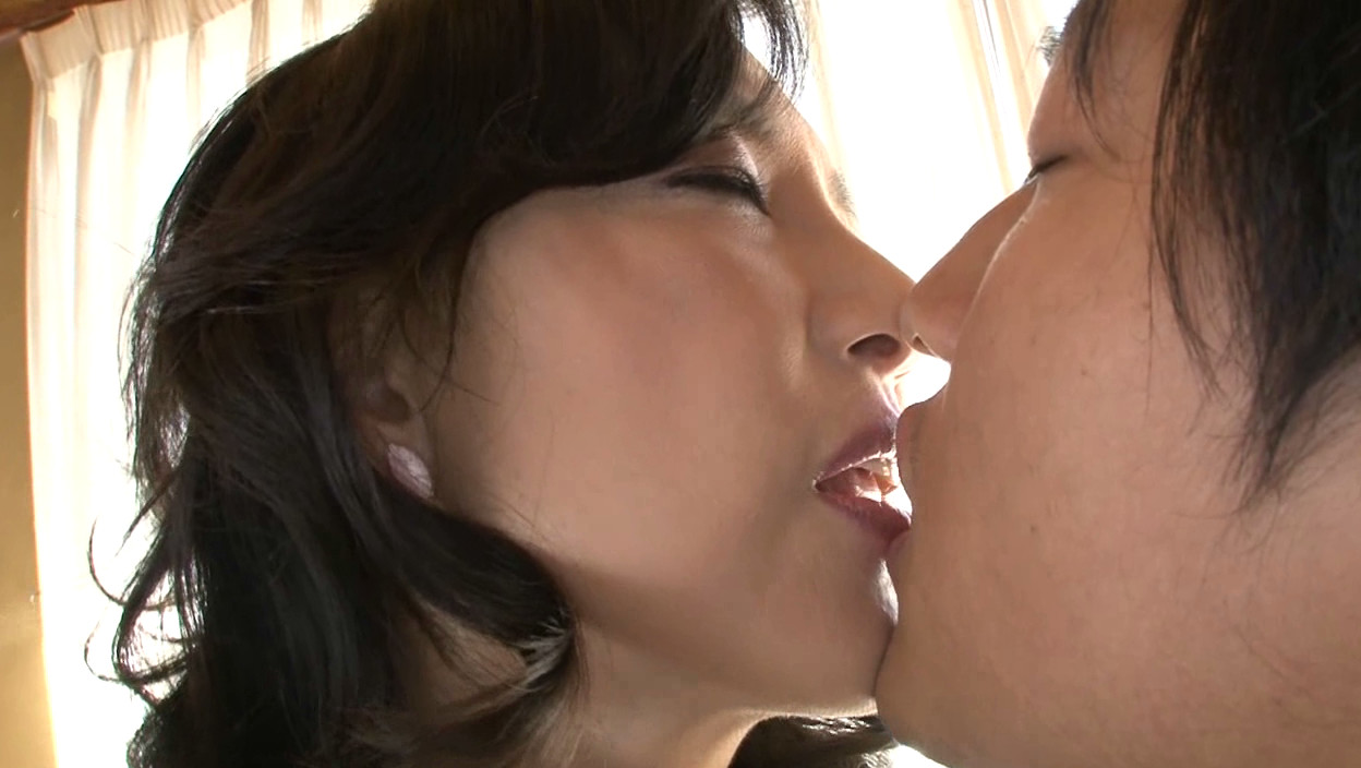 服部圭子  av' 無料サンプル画像 この動画のサンプル画像はクリックで拡大できます。